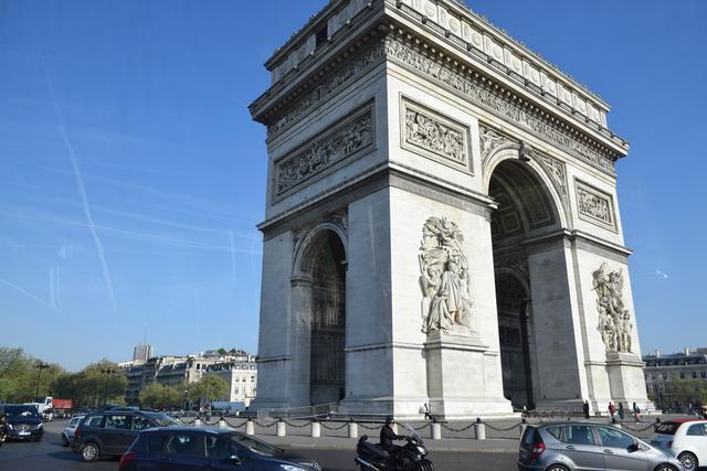 画像2: パリのマラソンコースは、観光地を巡るコース。 目で見て走って楽しいマラソン
