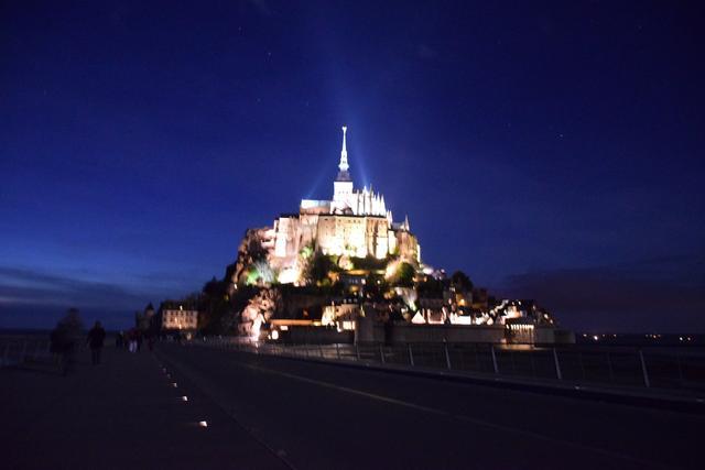 画像5: 世界遺産 モンサンミッシェル修道院へ 島内宿泊なので時、間によって移りゆく美しい姿を満喫