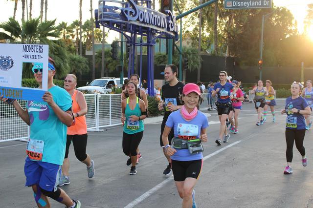 画像15: ディズニーランドハーフマラソンは、5キロ・10キロ・ハーフの3種目