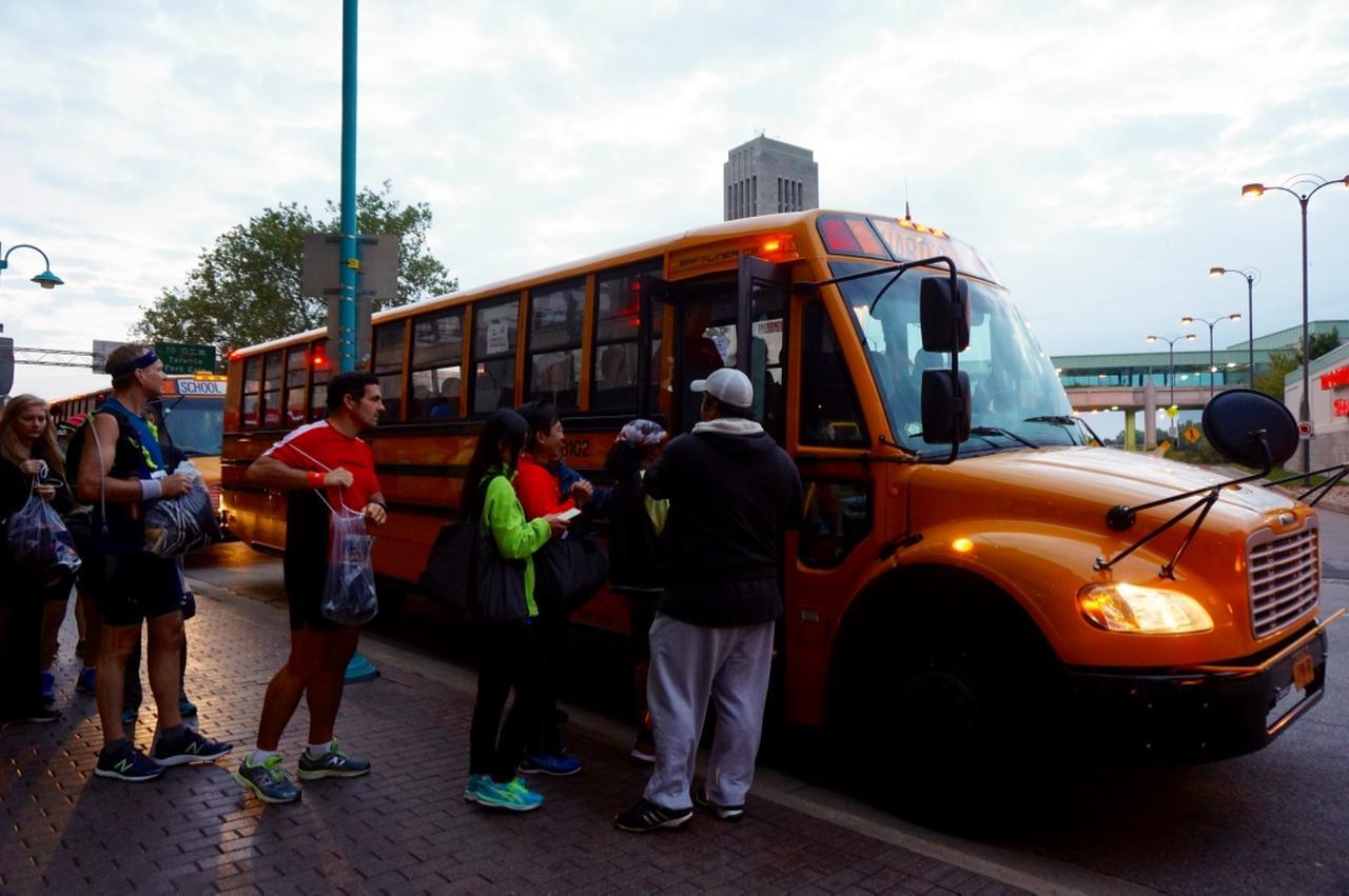 画像1: おすすめは国境越えのフルマラソン。レベルに合わせて選べる4種目