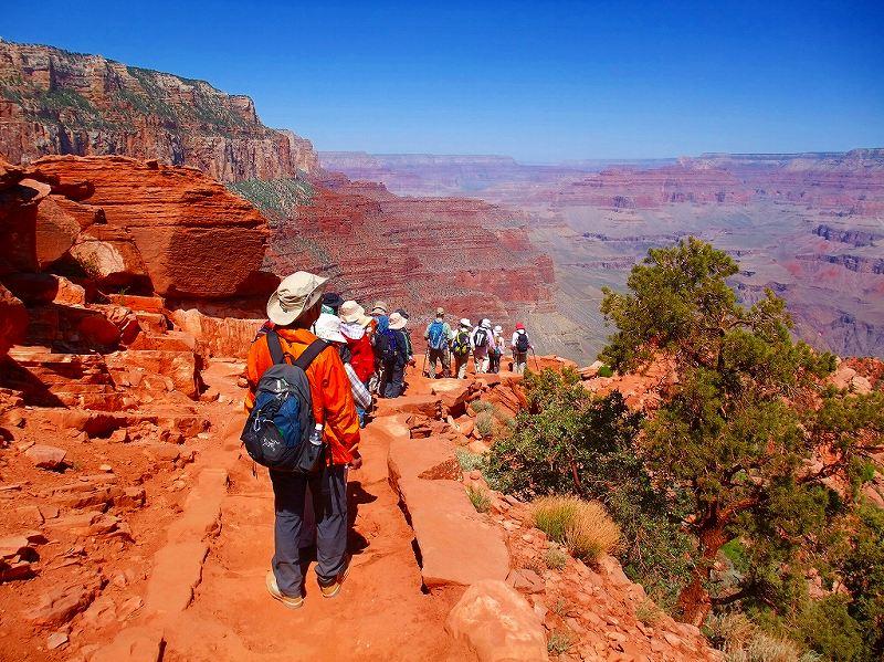 画像: 【26707】<ハイク初級>『アメリカ国立公園 厳選10景たっぷりハイキング15日間』毎日が感動の12のハイキング!/1グループ最大25名/5月31日出発 催行決定!|クラブツーリズム