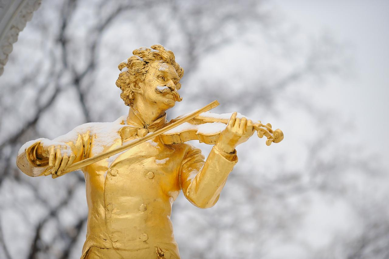 画像: ヨハン・シュトラウス像