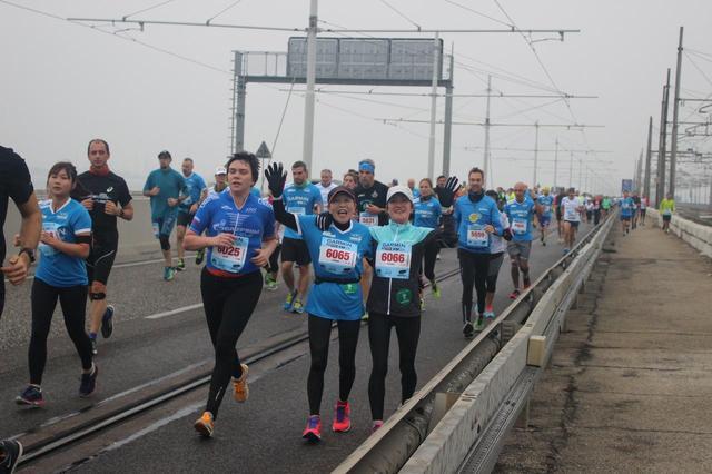 画像4: いよいよベニスマラソンスタート