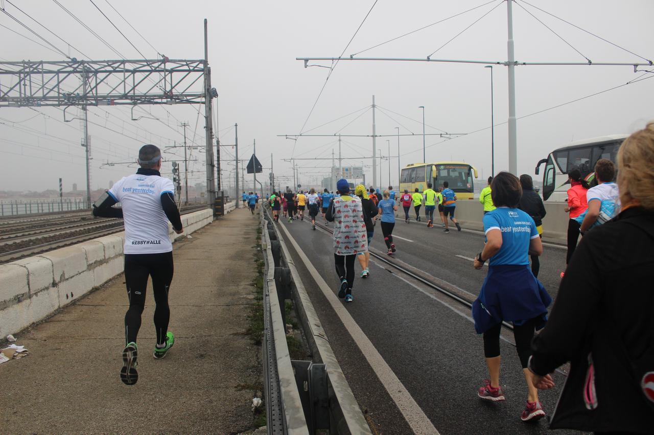 画像7: いよいよベニスマラソンスタート