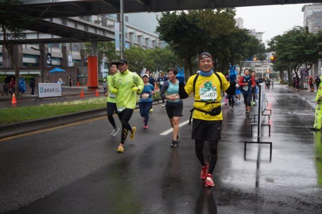 画像9: 【地球を走ろう】リピーター多数!走りやすい高速コース 台北マラソンツアー 大会レポート