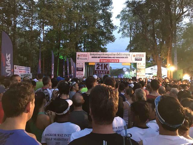 画像8: 【地球を走ろう】世界遺産を走る!チャリティーマラソン  アンコールワット国際ハーフマラソン レポート
