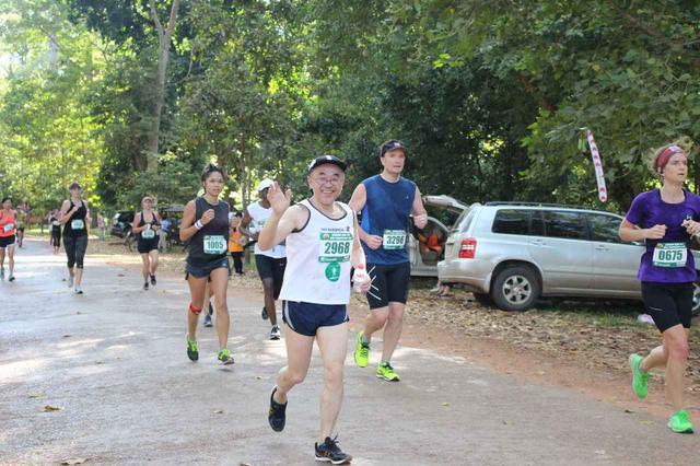 画像22: 【地球を走ろう】世界遺産を走る!チャリティーマラソン  アンコールワット国際ハーフマラソン レポート