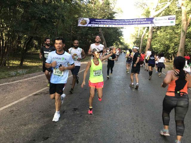 画像24: 【地球を走ろう】世界遺産を走る!チャリティーマラソン  アンコールワット国際ハーフマラソン レポート
