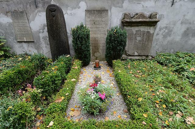 画像: ベートーヴェン母の墓所