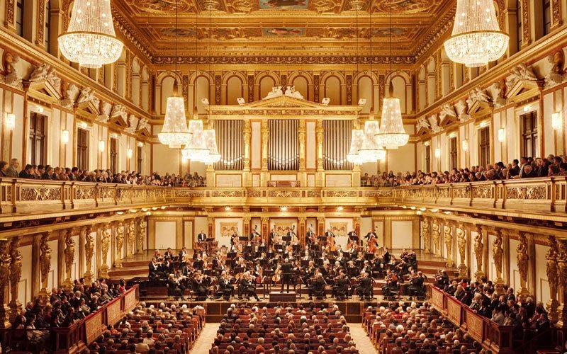 画像: 【音楽中~上級】山本直幸講師同行・ベートーヴェンゆかりのボン&ウィーン2都市滞在と2つの音楽鑑賞「ウィーンフィルの第九」と「ブッフビンダーのピアノリサイタル」~|クラブツーリズム