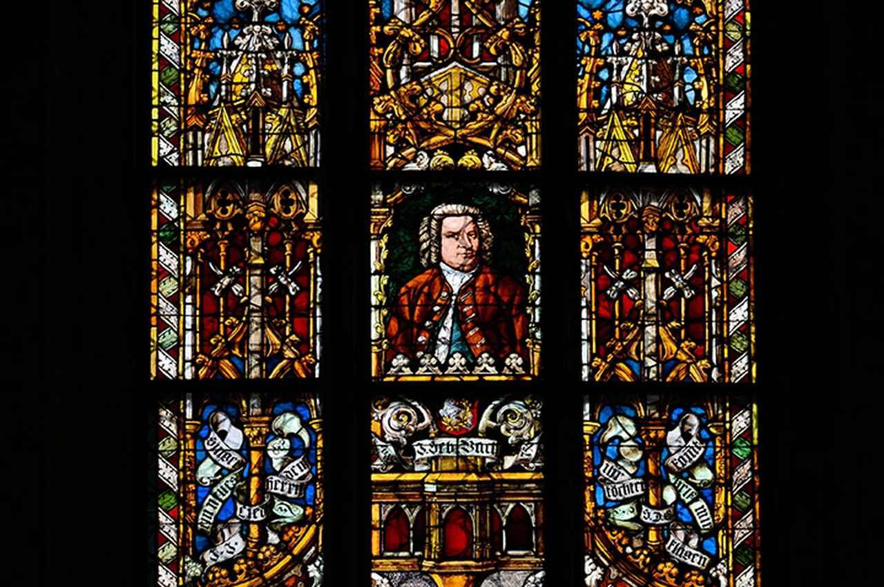 画像: ライプツィヒ/聖トーマス教会内「バッハ」ステンドグラス