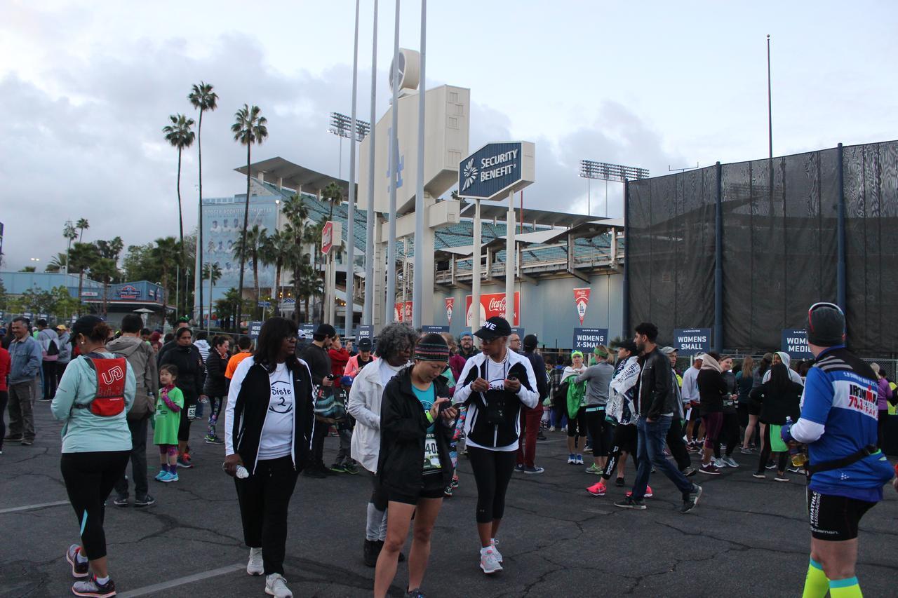 画像5: 【地球を走ろう】スタートはドジャースタジアム。LAを駆け巡る観光コース ロサンゼルスマラソン大会レポート