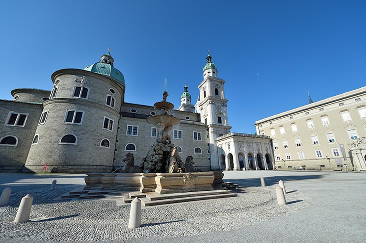 画像: 大聖堂とレジデンツ広場