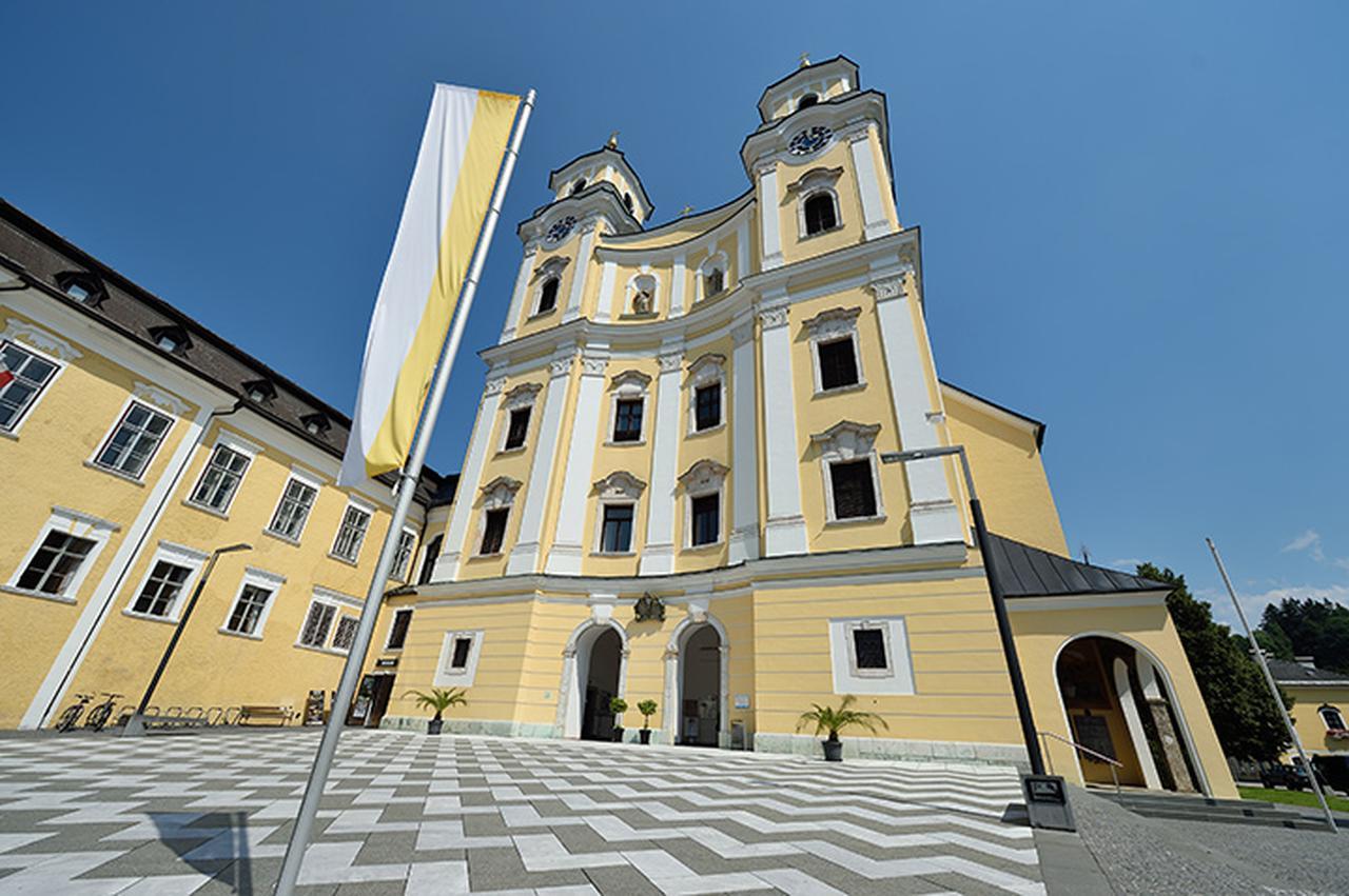 画像: モントゼー教区教会