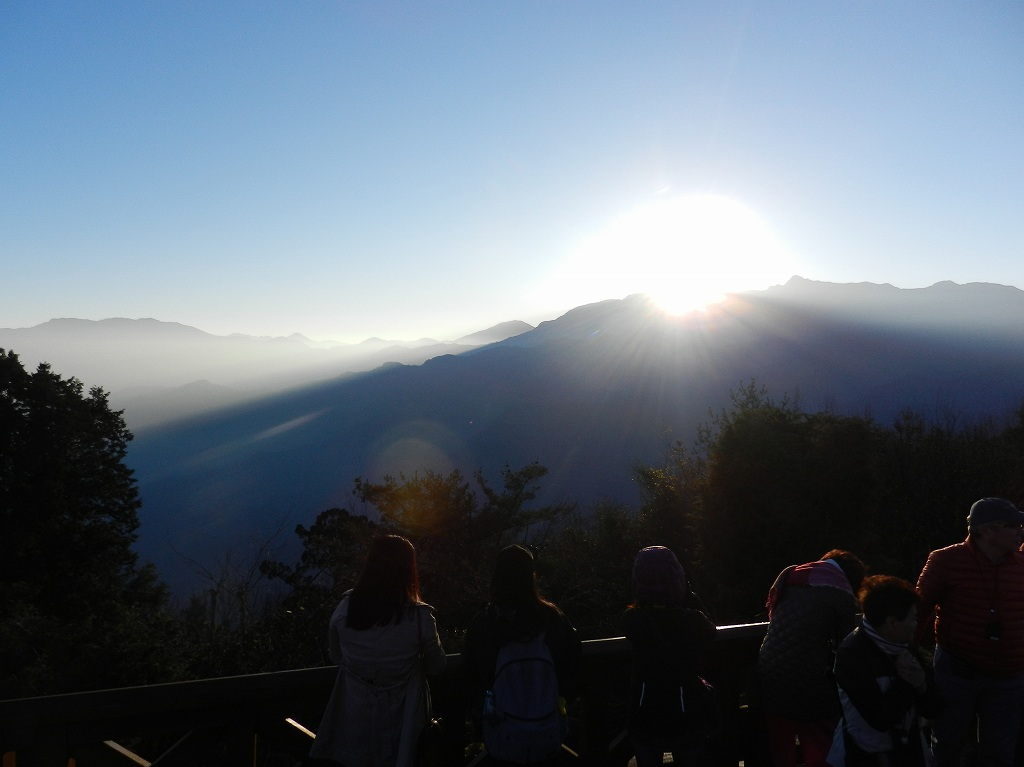 画像: <ハイク初級>『癒やしの島・台湾縦断自然満喫ゆったりハイキング 6日間』 1グループ最大20名/直行便利用/添乗員とガイドのWサポート|クラブツーリズム