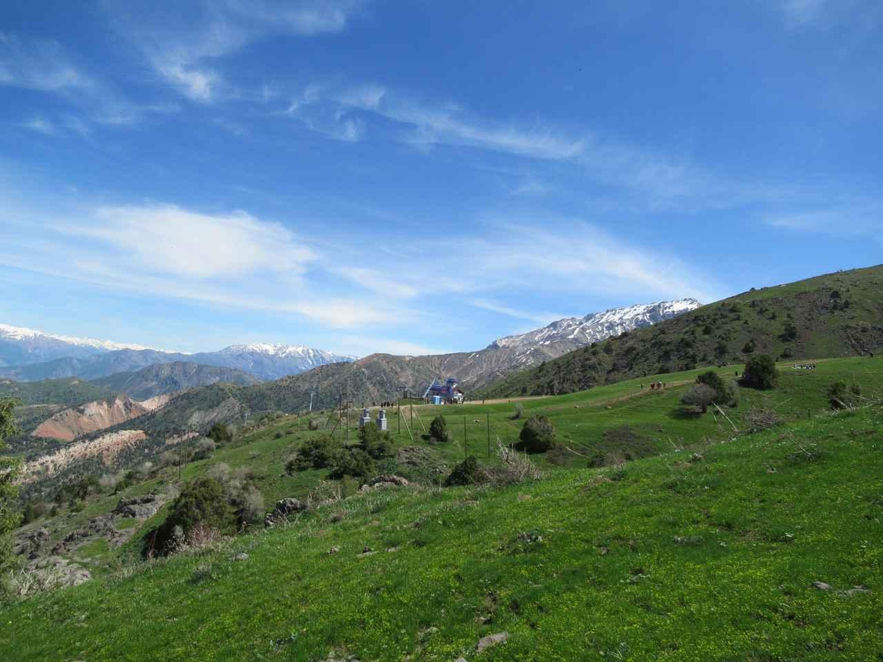 画像3: ハイキング中の風景