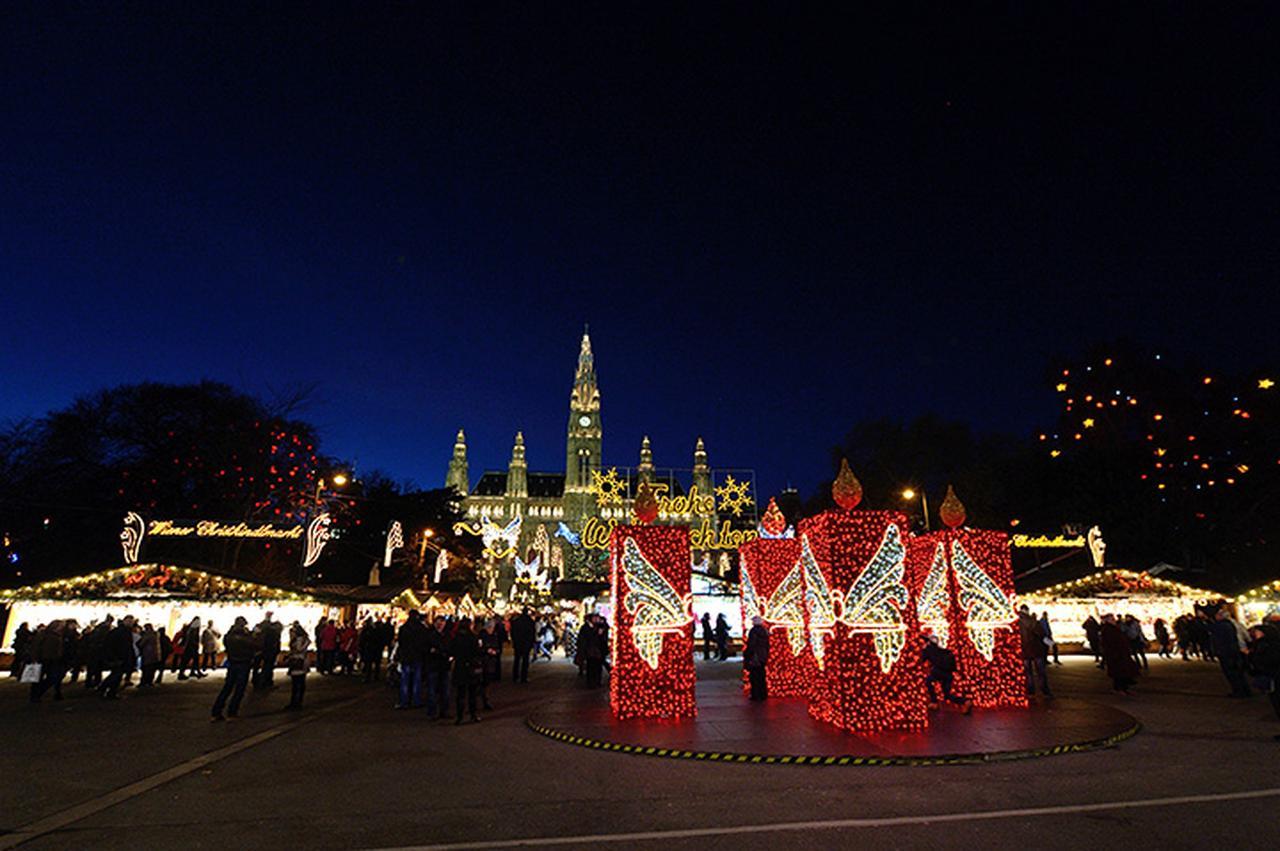 画像: ウィーン/市庁舎前広場のクリスマス市