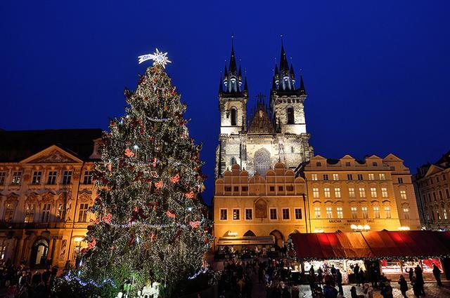画像: プラハ/旧市庁舎前広場のクリスマス市