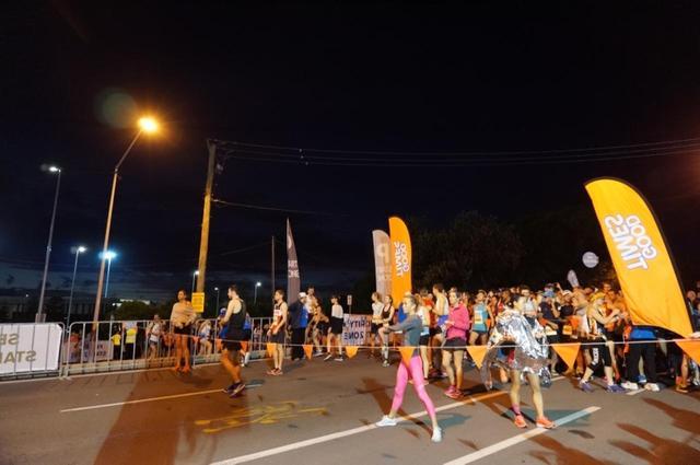 画像4: ゴールドコーストはオーストラリアのビーチリゾートとしてお馴染み。 毎年7月に開催されるマラソン大会は、 日本人の参加人数がホノルルに次いで多いのが特徴です