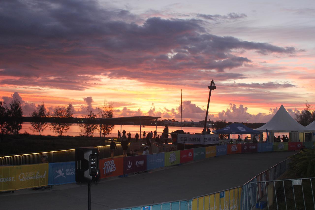画像9: ゴールドコーストはオーストラリアのビーチリゾートとしてお馴染み。 毎年7月に開催されるマラソン大会は、 日本人の参加人数がホノルルに次いで多いのが特徴です