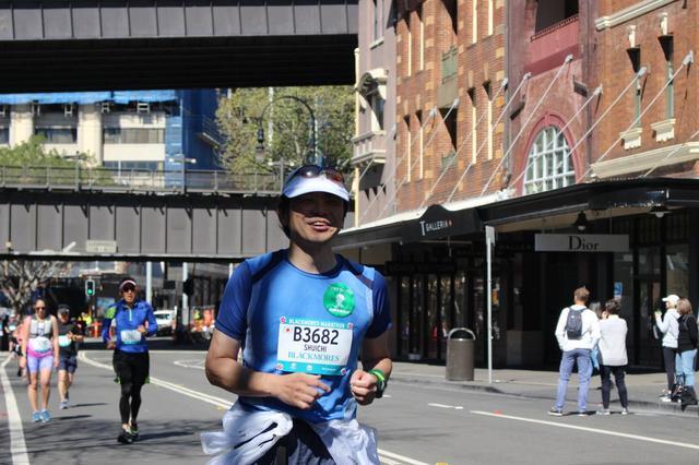 画像10: 続いて午前7時05分 フルマラソンスタート!