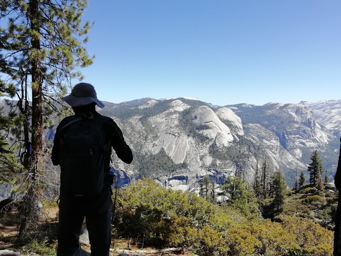 画像8: ハイキング中の風景