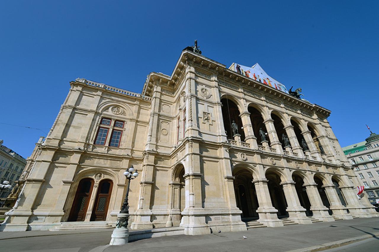 画像: マーラーが11年間総監督を務めた宮廷歌劇場(現在の国立歌劇場)