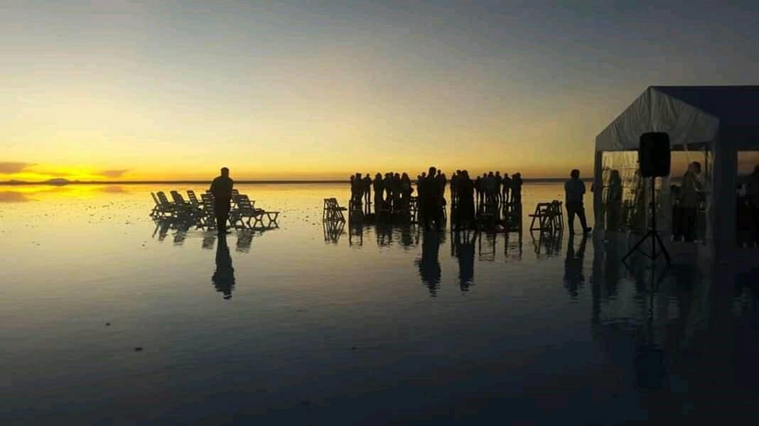 画像1: ウユニ塩湖の観光シーズン