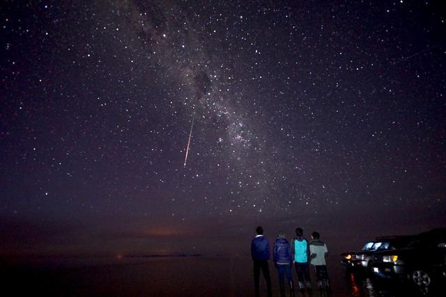 画像: ウユニ塩湖の星空(イメージ)