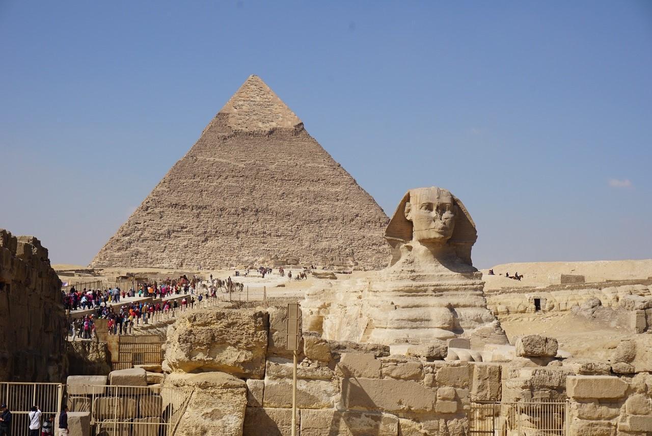 画像: ピラミッド