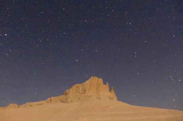 画像: ボジュラ周辺でのテント泊―夜は満天の星空が!