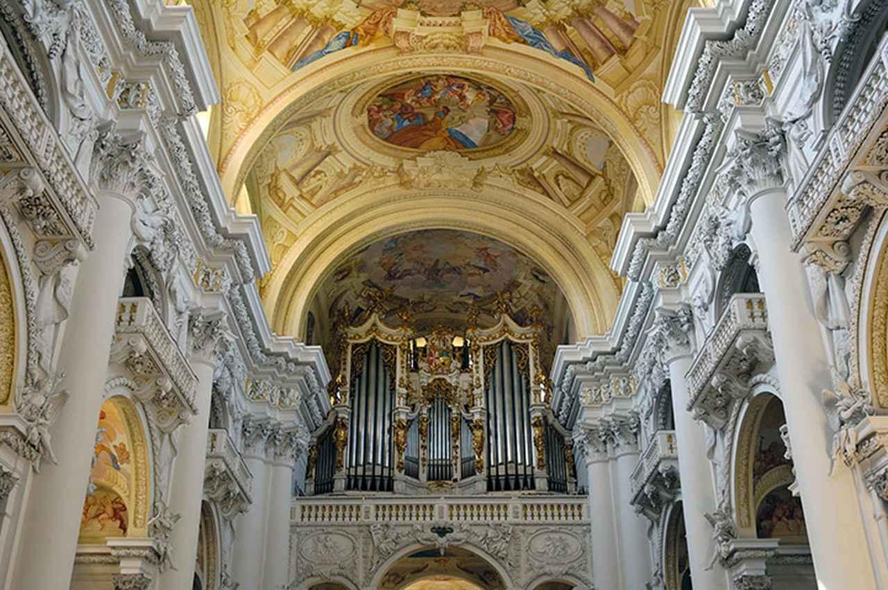 画像: 1930年から「ブルックナー・オルガン」と呼ばれるようになったザンクト・フローリアン修道院の大オルガン