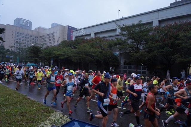 画像4: ホテルは立地が抜群!エキスポもマラソン会場もすぐ近く