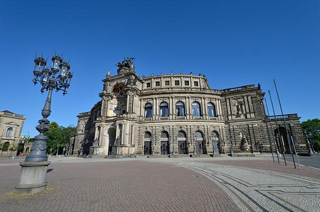 画像: ドレスデン・シュターツカペレの拠点 ゼンパー歌劇場