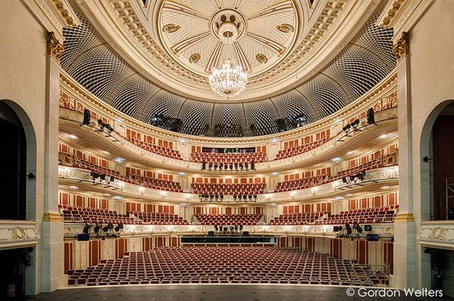 画像: ベルリン・シュターツカペレの拠点 ベルリン国立歌劇場 2017年10月に大規模改修を終えて再オープン