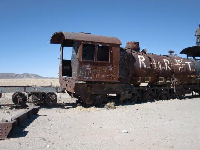 画像2: 列車の墓場
