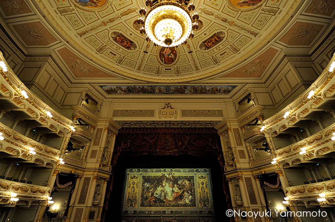 画像: ゼンパー歌劇場