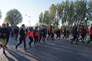 【地球を走ろう!】華の都を走る♪パリマラソンレポート