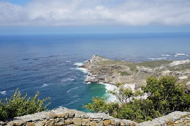 画像: アフリカ最南西端 喜望峰 展望台からの景色