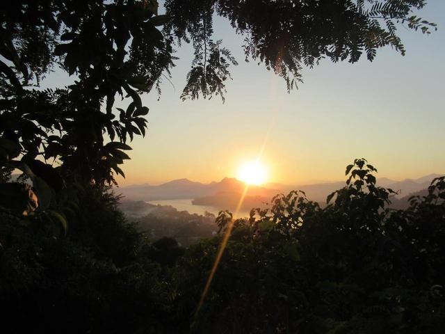 画像1: きれいな夕日を見ながらゆったりとしたひと時を
