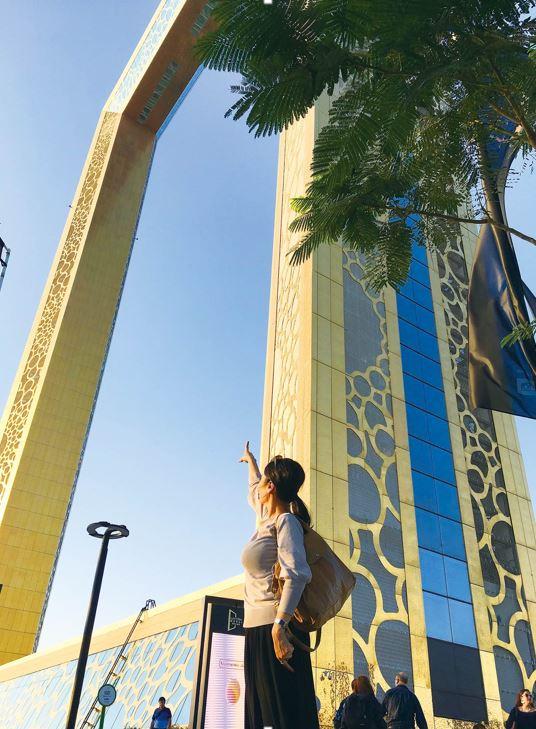画像: ドバイフレーム 世界一大きな額縁!2018年1月に完成、高さ150m、幅93mの超巨大な額縁。 フォトジェニックなスポットとしてSNSでも話題♪ ドバイの新名所です