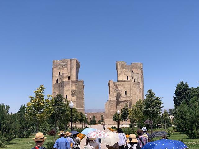 画像: シャフリサーブスのアクサライ宮殿跡(スタッフ撮影/イメージ)