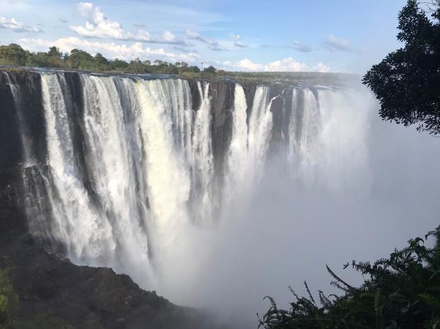 画像: ビクトリアの滝(イメージ)