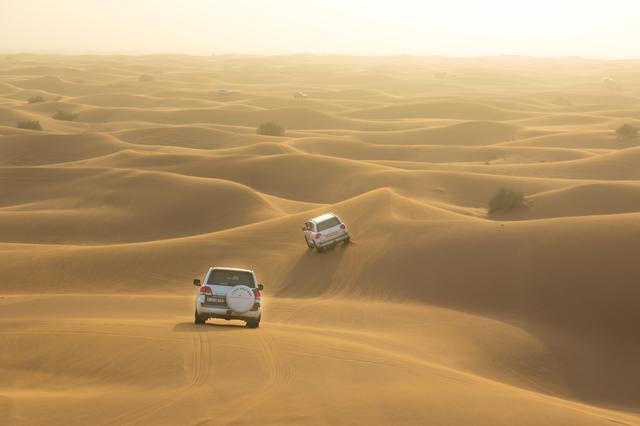 画像: 砂漠サファリの様子©ドバイ政府観光局・商務局