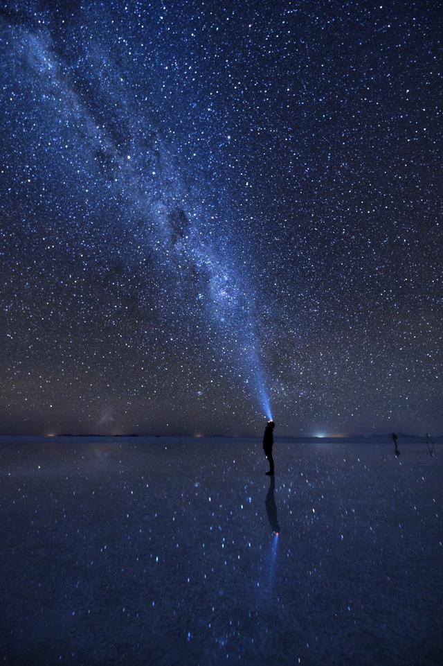 画像: 鏡張りの星空(イメージ)