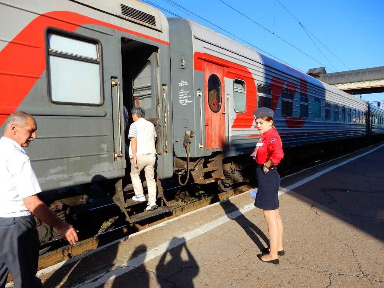 画像1: シベリア鉄道(弊社社員撮影)