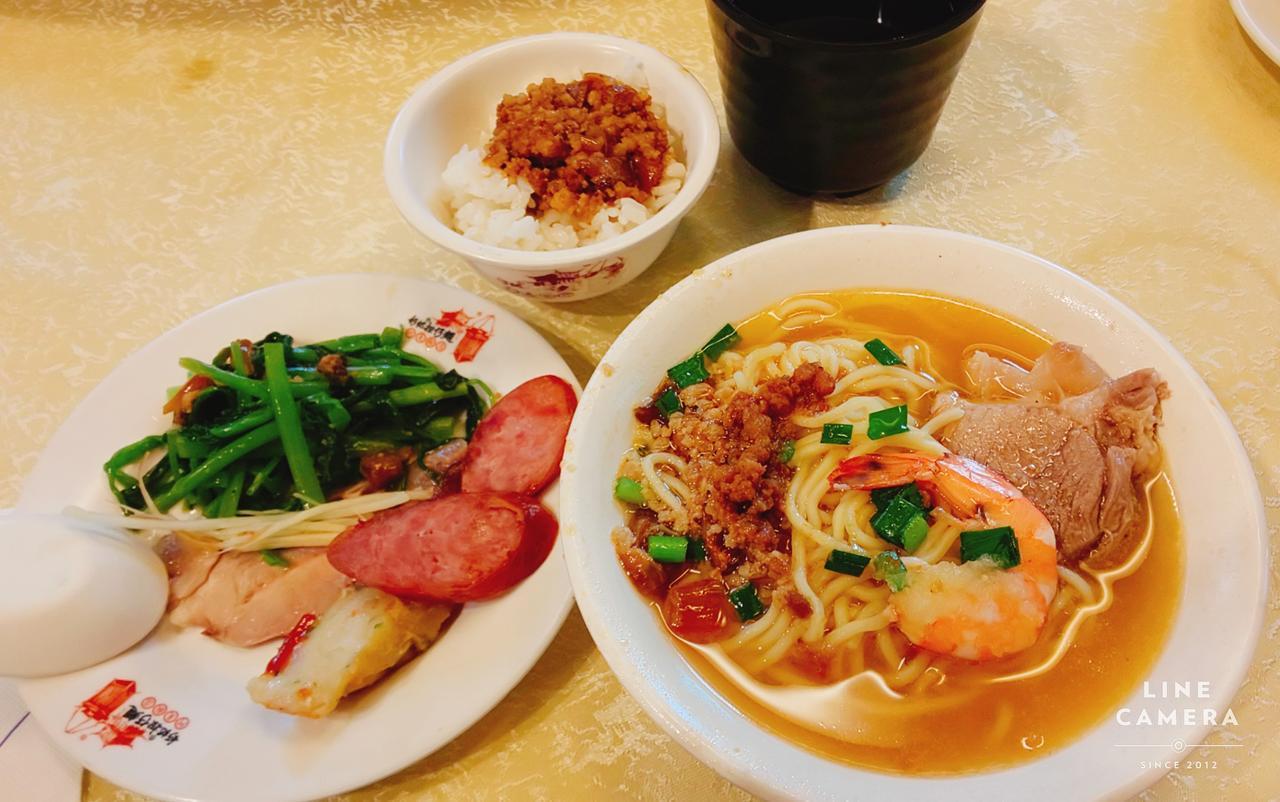 画像: 台湾の国民食!魯肉飯(るーろーはん)と海老の風味が香る担仔麺をどうぞ(弊社スタッフ撮影2019年6月) ※ツアー日程3日目昼食でご提供いたします。仕入れ状況等の事由により、料理の一部が写真と異なる場合がございます。