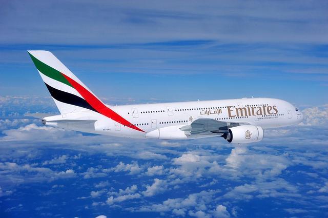 画像1: 2018年10月28日より エミレーツ航空関西~ドバイ間に総2階建てのA380機材が就航いたします