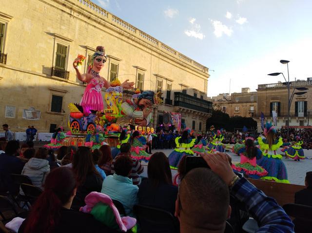 画像: 2月のカーニバルのシーズンだとお祭りも楽しめます(イメージ)/現地オペレーター提供