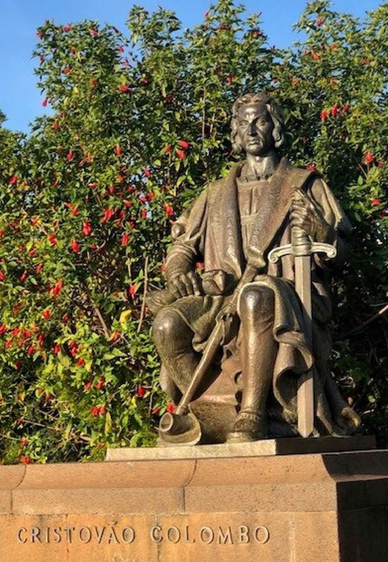 画像: コロンブスの像(フンシャルのサンタカタリナ公園内)(弊社スタッフ撮影)
